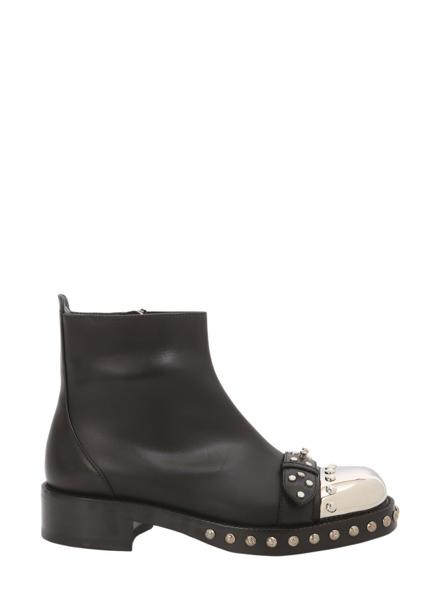 ALEXANDER MCQUEEN BLACK LEATHER ANKLE BOOTS,534159WHPP01000